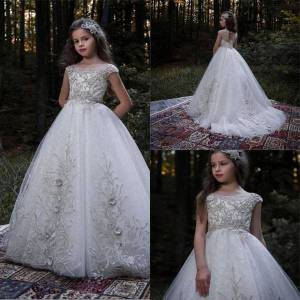 DHgate girl's dresses luxury and flower girl dress beaded 3d appliques sweep train well designed pageant gowns prom evening