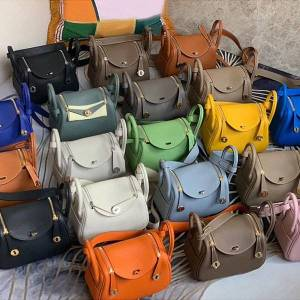 DHgate 75% off luxury handbag 2021 new mini bag mini cowhide women's portable one shoulder bag 2xt7
