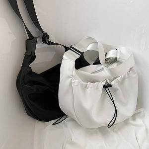 DHgate evening bags bag black retro handbags large-capacity women's 2021 style fashion all-match simple shoulder tote