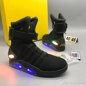 DHgate air mag back to the future marty mcfly automatic laces sneakers led shoes glow in the dark gray boots mcflys sneakers with box qu
