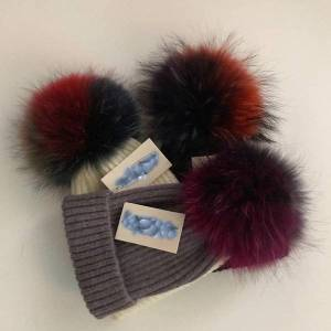DHgate beanie/skull caps fashion real fur mink pompoms 15cm hats for women children winter girl.s spring wool warm skullies beanies hat