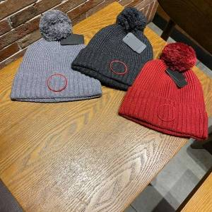 DHgate 2021 fashion womens designer headwears canada canadian mens women beanies knitted woolen hat coose goose children gilet black gray gose cana