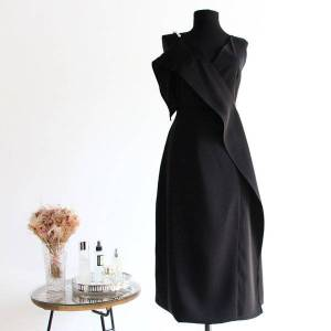 DHgate evening womens dresses with v-neck and pearl strap