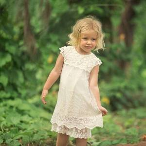 DHgate girls summer evening children hollow girl dress embroidered lace princess baby age 3t 12 party dresses kids fashion clothes