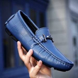 DHgate fashion men loafers genuine leather soft flats driving shoes men casual leather shoes moccasins