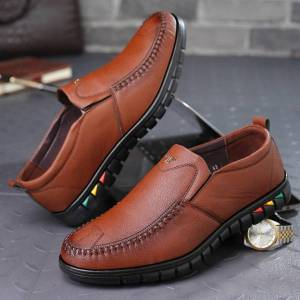 DHgate men shoes fashion loafers men casual shoes soft leather business formal male driving luxury
