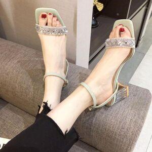 DHgate 2020 summer new wild word buckle crystal thick heel sandals female fairy feng shui diamond open toe high heels z7311