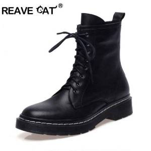 DHgate boots reave cat winter couple women ankle flat lace up work genuine leather bootie ma autumn botas mujer female comfort 43