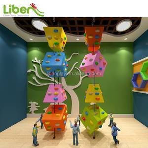 Customized high quality indoor climbing walls for kids