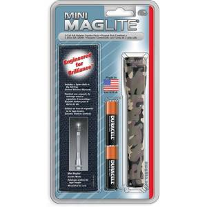 Maglight Mini Flashlight with Woodland Camouflage Holster