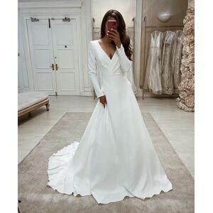 Dressmeet Retro Elegant A Line Long Sleeves V Neck Soft Satin Wedding Gowns US 14
