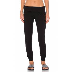 Beyond Yoga Cozy Fleece Foldover Sweatpant in Black. - size L (also in M,S,XS)