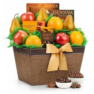 Gifttree Godiva Chocolate and Fruit Delight Gift Basket