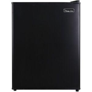 Magic Chef MCAR240B2 Refrigerator - 2.40 ft - Auto-defrost - Reversible - 2.40 ft Net Refrigerator Capacity - 300 kWh per Year - Black - Wire Shelf