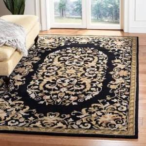 Safavieh Handmade Heritage Ayesha Traditional Oriental Wool Rug (4' x 6' - Black)