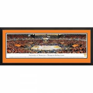 Blakeway Worldwide Panoramas Tennessee Basketball Framed Panoramic Picture (Select Frame)