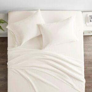 ienjoy Home Restoration Collection 4 Piece Aloe Vera Microfiber Bed Sheet Set (California King - Cream)