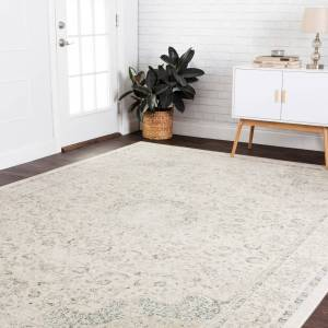 "Alexander Home Antique Inspired Distressed Floral Medallion Area Rug (Ivory/Blue 7'6"" x 9'5"")"