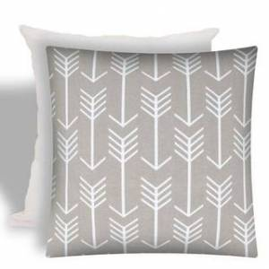 Joita, llc Joita SWIFT Taupe Indoor/Outdoor - Zippered Pillow Cover with Insert (1-Piece - taupe, white)