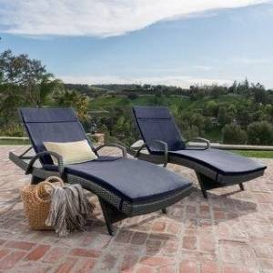 Havenside Home Vilano Outdoor Cushioned Lounge Chair (Set of 2) by Havenside Home (Grey/Navy Blue)