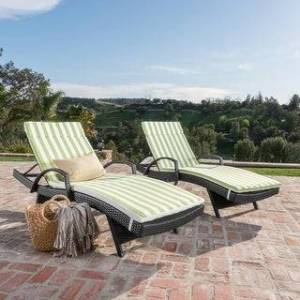Havenside Home Vilano Outdoor Cushioned Lounge Chair (Set of 2) by Havenside Home (Grey/Green White Stripe)