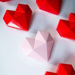 ApolloBox Heart Gift Box