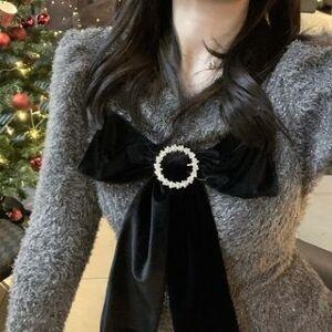 Doze Queen Long-Sleeve Glitter Knit Top / Mini A-Line Skirt