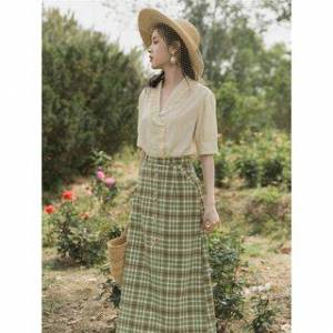 Glaypio Set: Ruffled Short-Sleeve Blouse + Plaid Midi A-Line Skirt