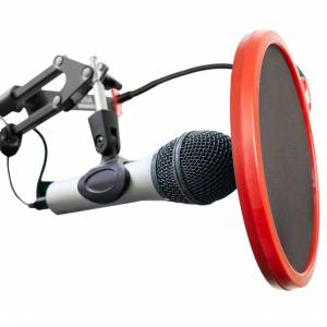 Behringer XM8500 Dynamic Cardioid Mic with Deco Gear Pop Filter Mic Wind Screen