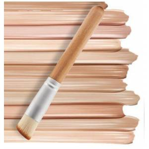 new arrival nylon foundation brush wood handle and easy to wear and ing