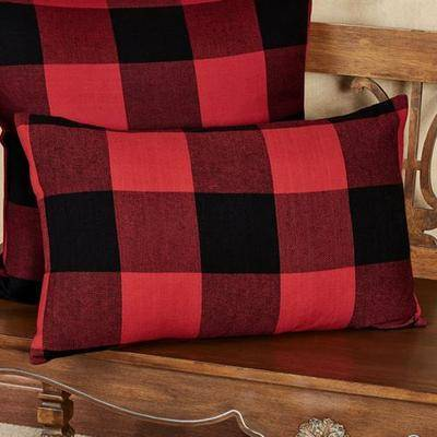 Saro Trading Rustic Buffalo Plaid Rectangle Pillow Red/Black, Rectangle, Red/Black
