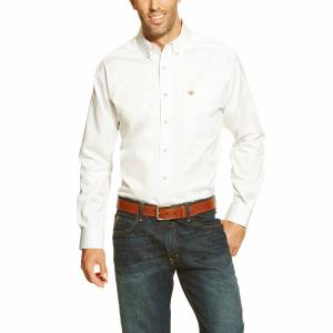Ariat Men's Long Sleeve Solid Twill Classic Fit Shirt in White Cotton Twill, Small by Ariat