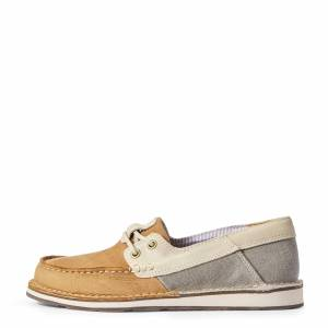 Ariat Women's Cruiser Castaway Shoes in Classic Canvas Leather, Size 6.5 B / Medium by Ariat