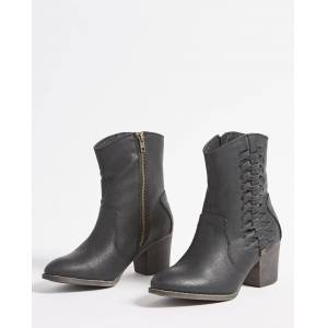 Pull Me Up Boot