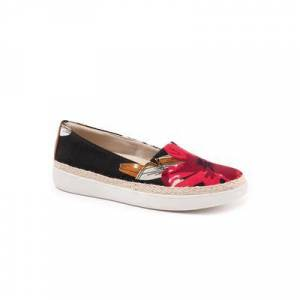 Trotters Extra Wide Width Women's Accent Slip-Ons by Trotters in Red Multi (Size 7 WW)