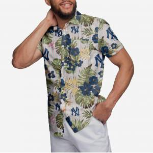FOCO New York Yankees Throwback Threads Button Up Shirt - S