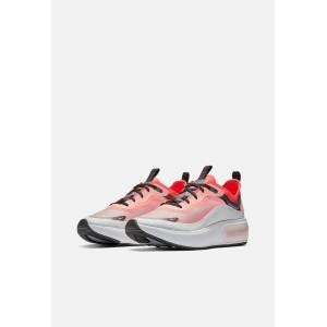 Nike Wmns Nike Air Max Dia / Off White, Black & Flash Crimson (Wmns Nike Air Max Dia / Off White, Black & Flash Crimson / US W 6 / M 4.5)