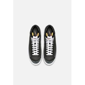 Nike Blazer Mid '77 Vintage / Black (Nike Blazer Mid '77 Vintage / Black / US M 6 / W 7.5)