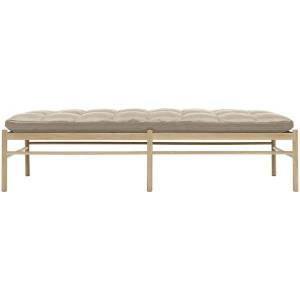 Carl Hansen OW150 Daybed - Color: Cream - OW150 DAYBED- OAK SOAP - SIF 90