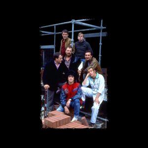 TV Times (X-Large) TV Times Cast Of Auf Wiedersehen Pet Women's Vest