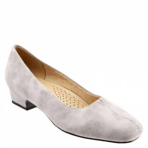 Trotters Doris Women's Grey Pump 5 M