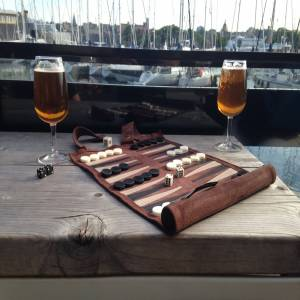 Pitkin Stearns International Sondergut Roll-up Travel Game Backgammon in Mocha