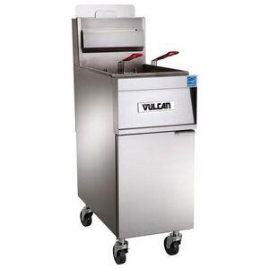Vulcan 4TR85CF Gas Fryer - (4) 90 lb Vats, Floor Model, Liquid Propane