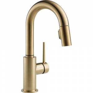 Delta Trinsic Single-Handle Pull-Down Sprayer Bar Faucet with MagnaTite Docking in Champagne Bronze