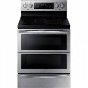 Samsung 30 in. 5.9 cu. ft. Flex Duo Double Oven Electric Range with Self-Cleaning Convection Dual Door Oven in Stainless Steel, Silver