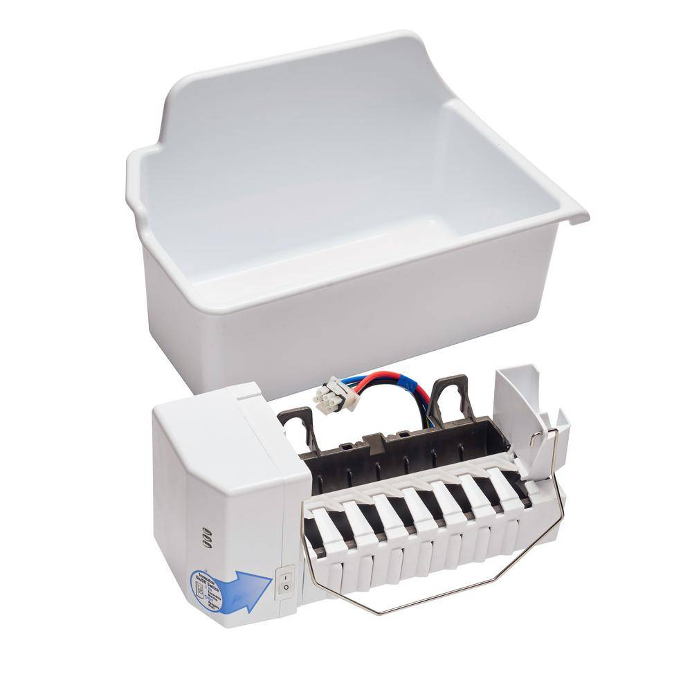 LG Electronics 2.2 lbs. Built-in Icemaker in White