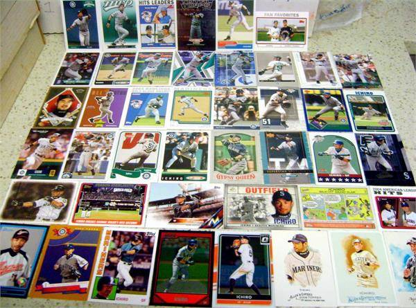 Autograph Warehouse 584011 Ichiro Suzuki Baseball Card - 40 Different Lot - Seattle Mariners Marlins