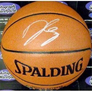 Autograph Warehouse 584126 Danilo Gallinari Autographed Basketball - I O - Oklahoma City Thunder Star Italy Nuggets Knicks Clippers NBA