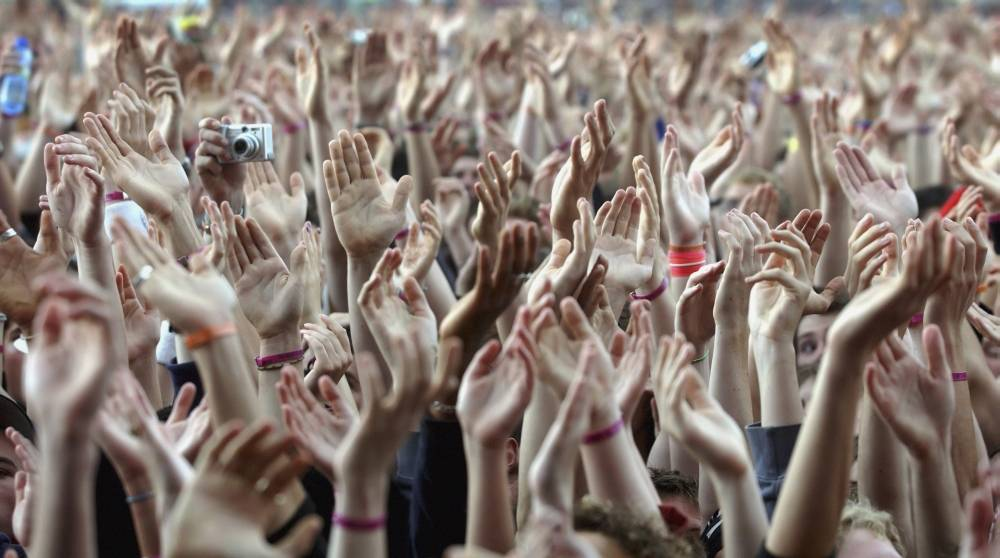 Posterazzi DPI1886260LARGE Crowd of Music Fans Waving Their Hands Poster Print, 40 x 22 - Large