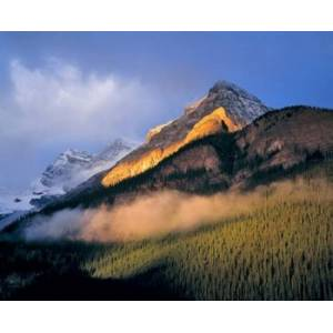 Posterazzi PDDCN01RER0017 Alberta Banff Np Sunrise of the Canadian Rockies Poster Print by Ric Ergenbright - 26 x 21 in.